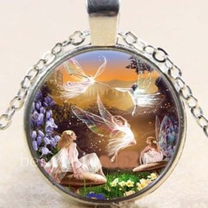 Necklace- NEW- Heavenly Angels